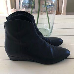 Stuart Weitzman Modest Wedge Boot